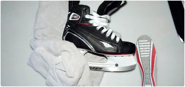 Údržba hokejových bruslí