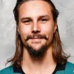 Erik Karlsson hokejista